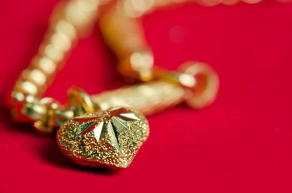 Schmuck aus Gold